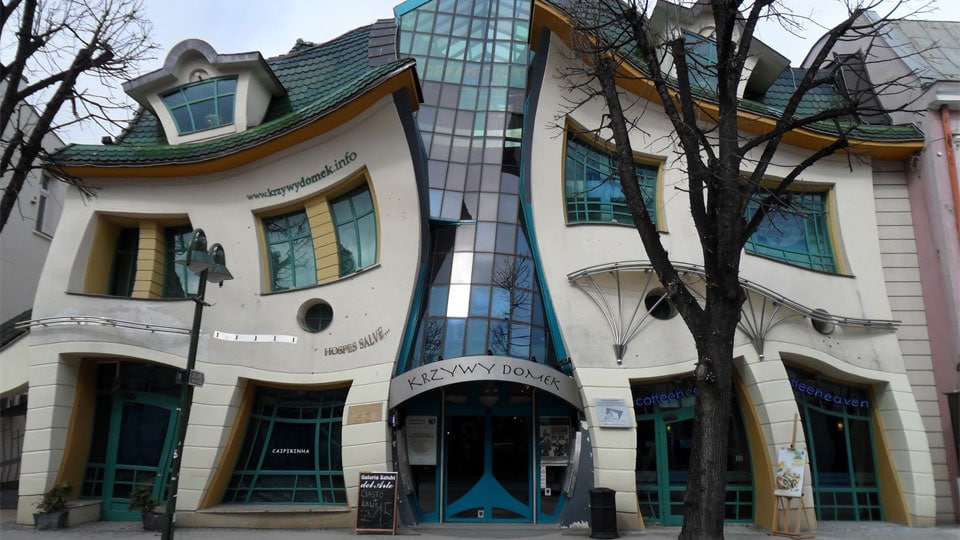 Photo of The Crooked House, Poland